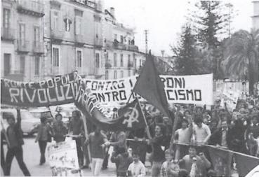 manifestazione a C.so Numistrano